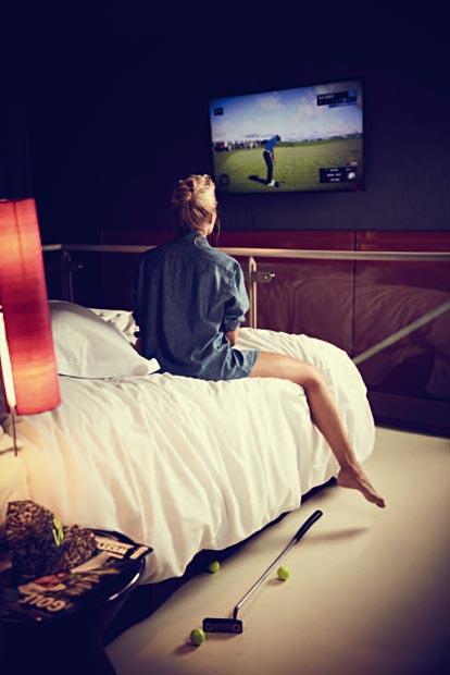 Schwinger Club Vol 25 Sarah Valentina Winkhaus Golfpunk