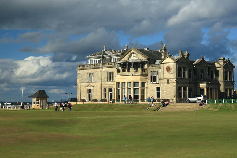 01: ROYAL AND ANCIENT GOLF CLUB – St. Andrews, Schottland